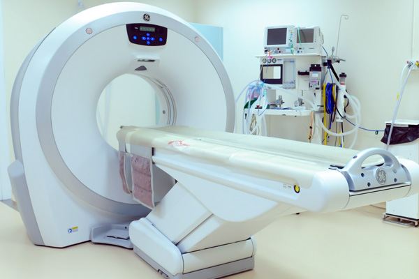 ct scanner facilities at Cave Vets
